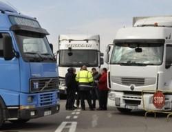 """""""Пакет за мобилност"""" ще остави 30 000 български шофьори на камиони без работа"""