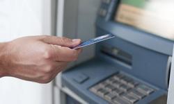 При източена карта съдете банката да ви върне парите