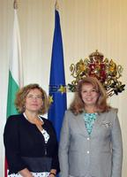 Vice President Iotova Discusses Bilateral Ties With New French Ambassador in Sofia