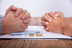 Адвокати: Идеята за развод пред нотариус е напълно неприемлива