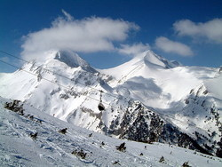 Bulgarian ski resorts challenge opponents for development