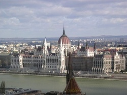 Унгария одобри национализацията на частните пенсионни фондове